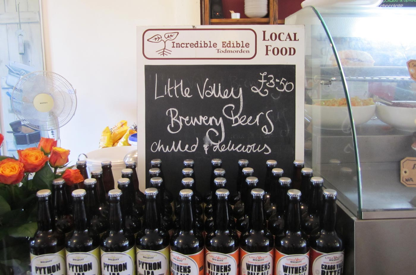 c560_incredible_edible_todmorden_green_route_local_food_incroyables_comestibles_w1400