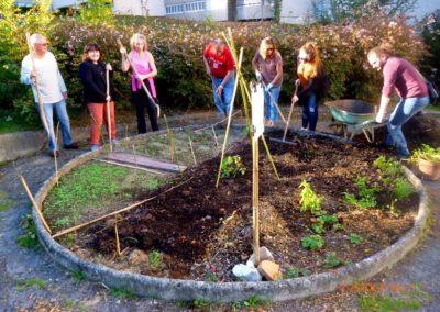 IC-Carmaux_Premier-petit-jardin